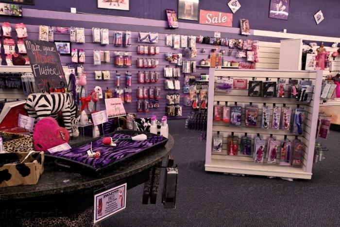 Lovers 425 775-1584 Seattle Sex Shops-8114