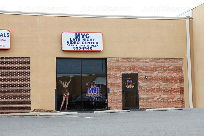 Awesome... thats glory holes in virginia beach va