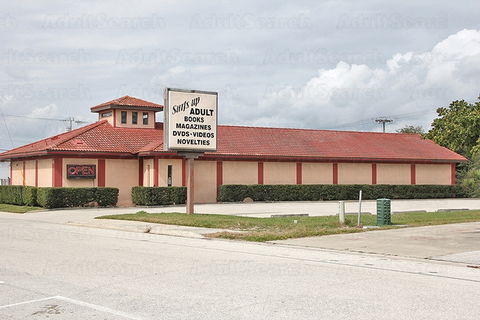 cocoa beach strip club raided