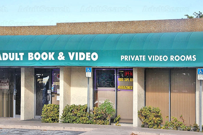 pompano beach adult store powerline road