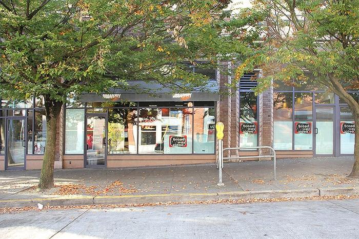 Broadway Video 206 328-5023 Seattle Sex Shops-2111