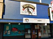 Crazy Horse Revue