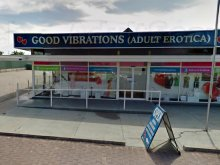 Good Vibrations (Adult Erotica)