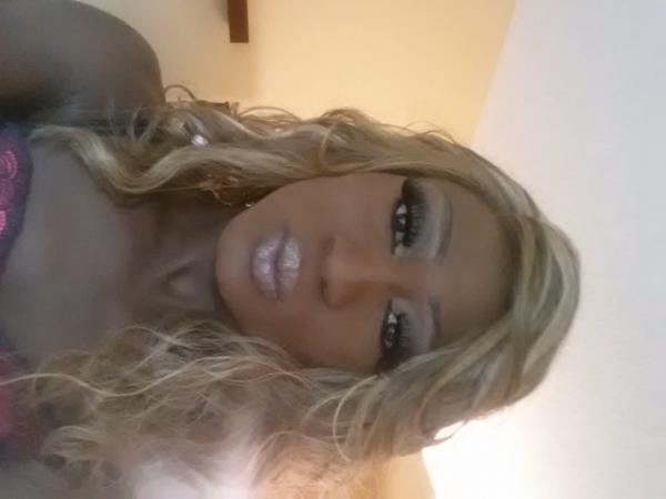 escort girl savannah