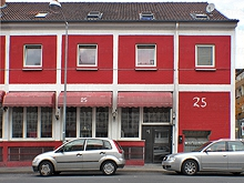 Red House 25