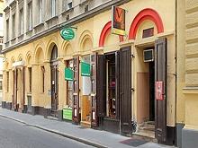 Le Café M Bár