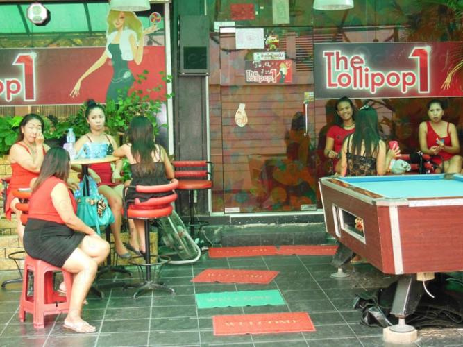 Blowjob bar hong kong