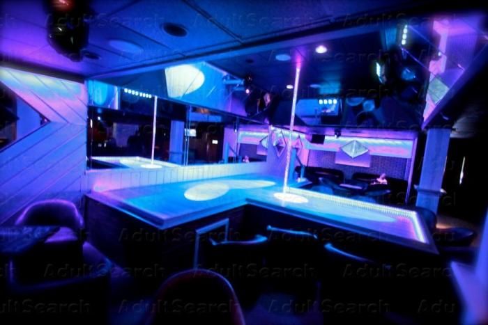club ct strip jpg 422x640
