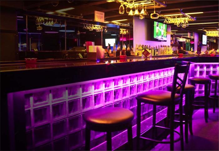 la bare strip club in miami fl