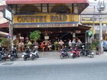 Country Road 3 Beer Bar