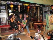 Easy Corner Beer Bar