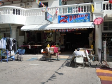 2 Donna Beer Bar